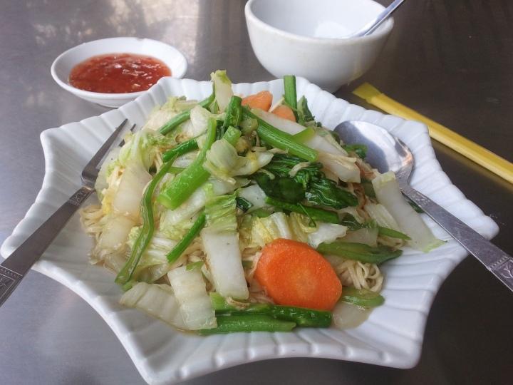 Fideos con verduras en Tailandia