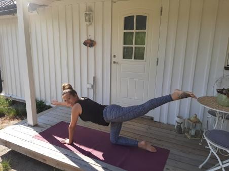 Chusa Cuendias Yoga. Practicando en Boras. Abrirl 2019
