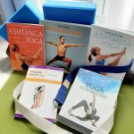 Mis 5 libros de Yoga para celebrar el Día del Libro 2020. Chusa Cuendias.
